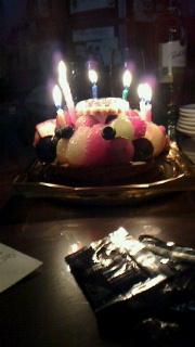 ほたる16歳誕生日ケーキ-1.jpg